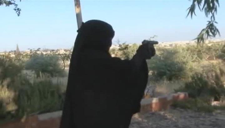 """Конвейер смерти: как молодежь попадает в сети """"Исламского государства"""""""