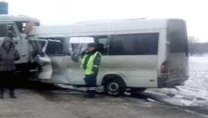 В Магнитогорске попал в ДТП микроавтобус с журналистами