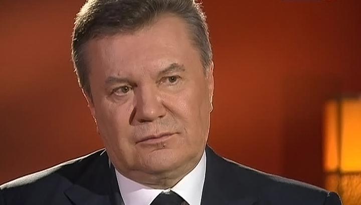 Адвокат Януковича заявил, что он загремел в больницу недели на три