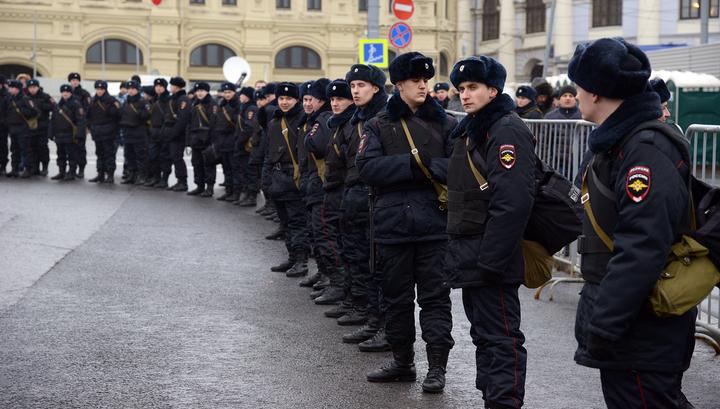 Движение после 21-тысячного марша в Москве восстановлено
