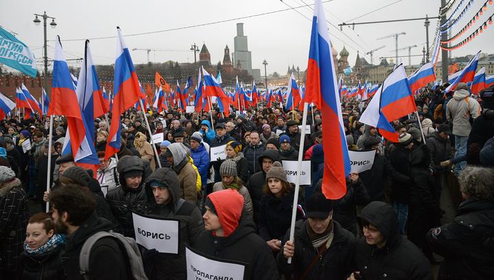 На марше в память о Немцове не обошлось без задержаний