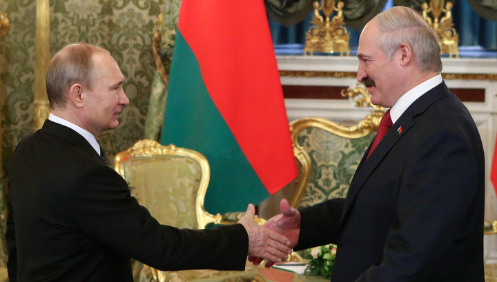 Путин предложил Лукашенко обсудить способы увеличения товарооборота