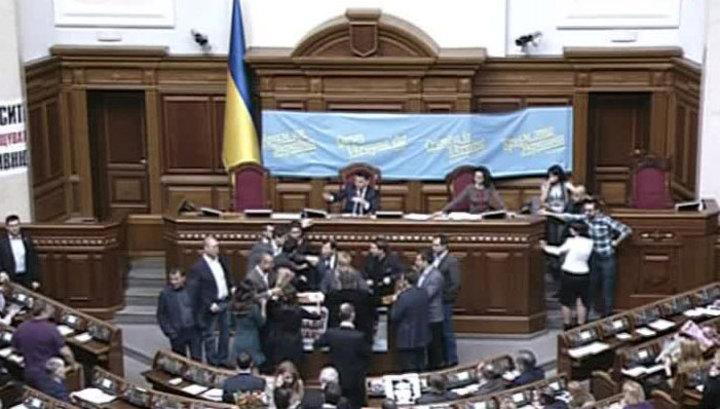 Без гроша за душой: Украина не соответствует требованиям МВФ