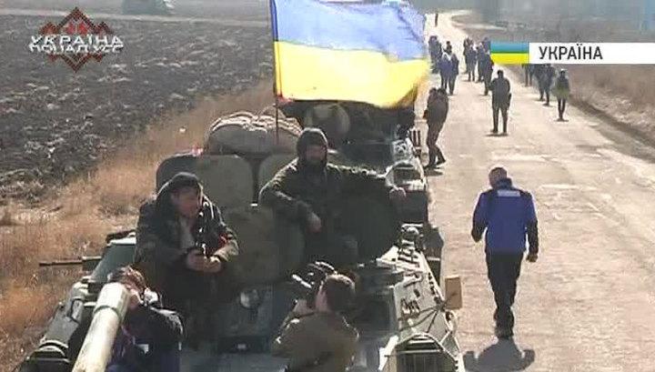 Басурин: Киев лукавит, заявляя об отводе тяжелой техники