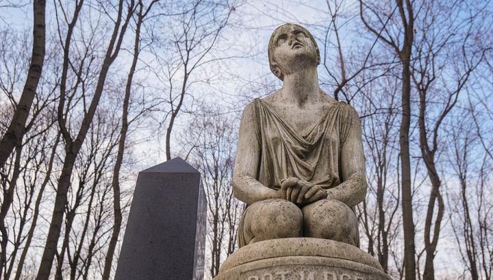 Кладбища Москвы закрыли из-за коронавируса