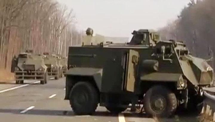 Колонна британских БТР попала в ДТП на Украине