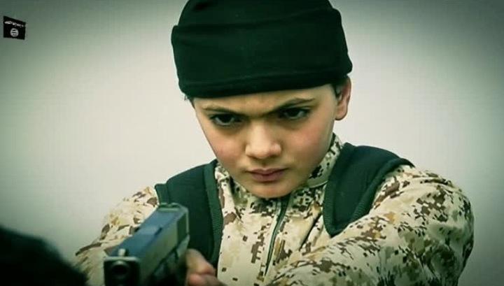 В Россию надо больше возвращать детей уехавших воевать за ИГИЛ - они уже среди российских школьников