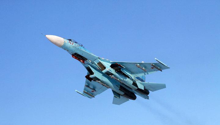 Под Феодосией продолжаются поиски летчика рухнувшего Су-27