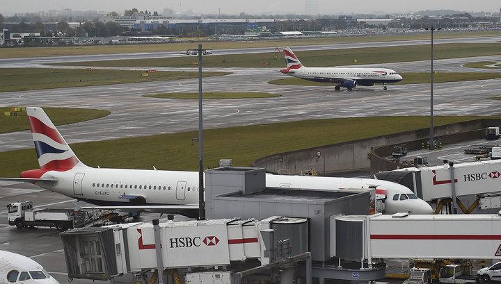 Столкновение в аэропорту Хитроу: погиб один человек