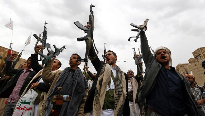 Шиитские мятежники разграбили генконсульство России в Адене