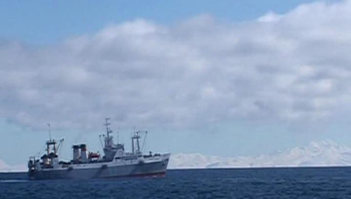 Рыболовецкие траулеры Японии и Южной Кореи столкнулись в Японском море