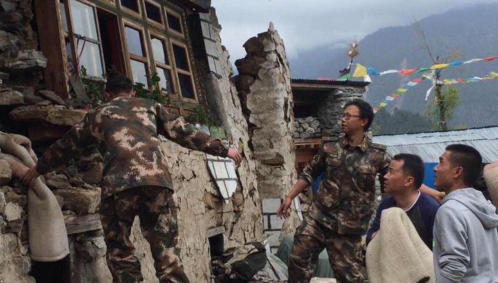 Число жертв землетрясения в Непале превысило 4100 человек