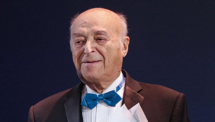 Владимир Этуш попал в больницу