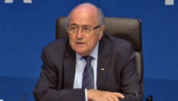 Глава ФИФА Блаттер: футбол попал в политические разборки