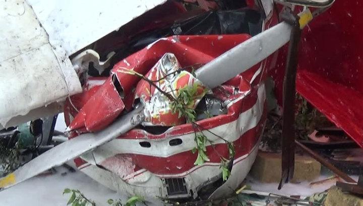 Авиакатастрофа в Германии: самолет упал на поле
