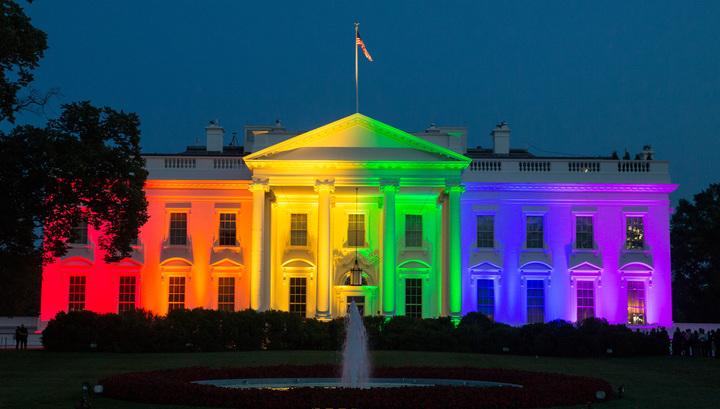 Обама благословил однополые браки и решил навязать их всему миру