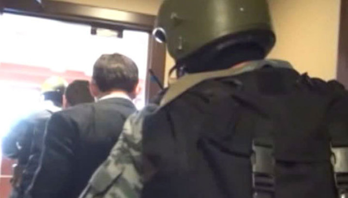 ФСБ обыскивает офисы петербургских сайентологов