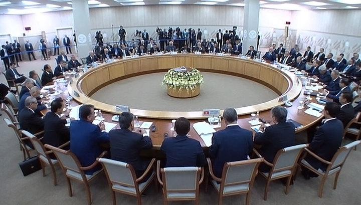 Путин предложил ШОС заняться борьбой с финансированием терроризма за счет наркоторговли