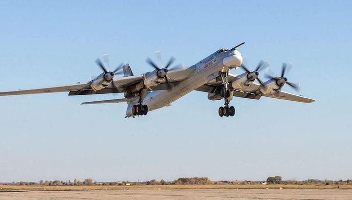 Все задачи выполнены: F-22 не помешали российским Ту-95 и Ту-142
