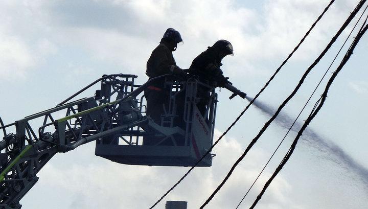 Из-за пожара в Оренбуржье эвакуировали 900 человек
