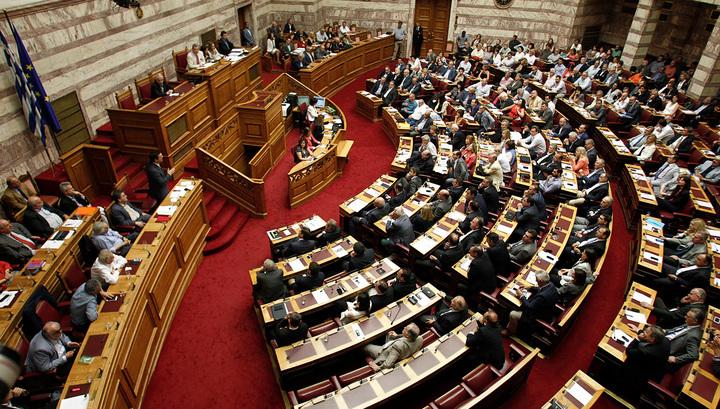 """Вынужденное """"да"""": Греция пошла навстречу кредиторам и жесткой экономии"""