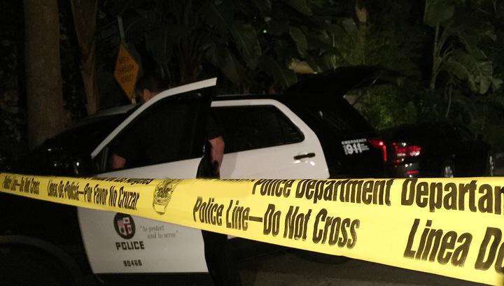 Мужчина расстрелял людей в жилом комплексе в Сан-Бернардино
