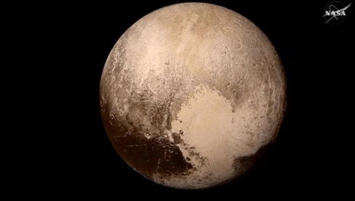 Ученые: под поверхностью Плутона может находиться океан