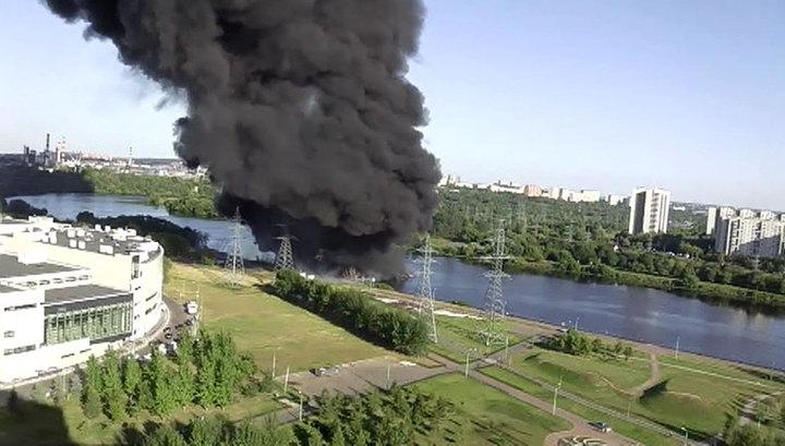 Пожар в Марьине ликвидирован, ранены двое взрослых и ребенок