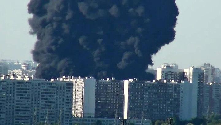 Москва-река загорелась от шашлыка: МЧС назвало причину ЧП в Марьине