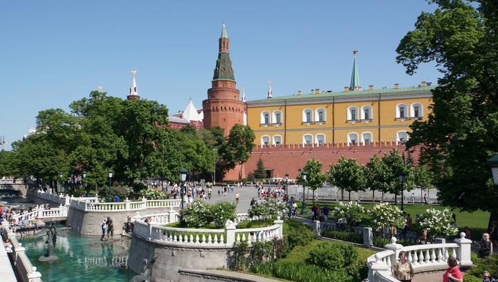 Шквал и холод: в Москве продлен желтый уровень опасности