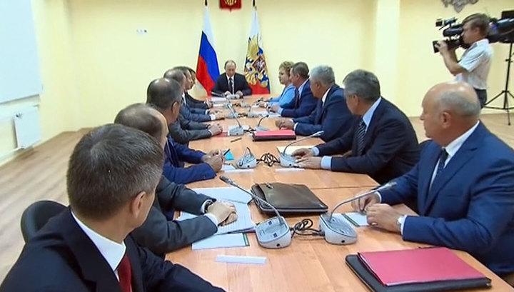 Путин: в Крыму могут попробовать разыграть националистическую карту