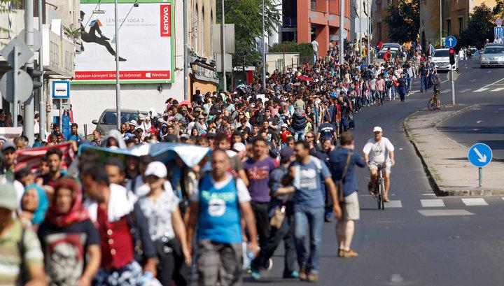 Нелегальных мигрантов прогнали из Венгрии, терпят в Австрии и не ждут в Германии