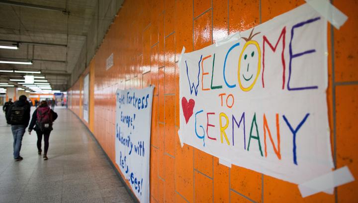 Немецкие правые подрались с антифашистами из-за беженцев