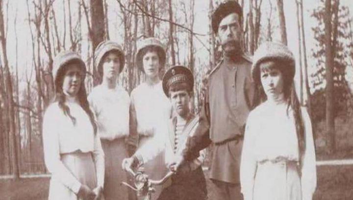 СКР проведет новые генетические исследования по делу об убийстве царской семьи