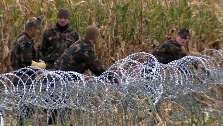 Вразрез с европейскими ценностями: Венгрия огораживается от беженцев