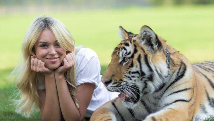 """""""Мисс мира"""" попросила Путина помочь спасти украинского тигренка"""