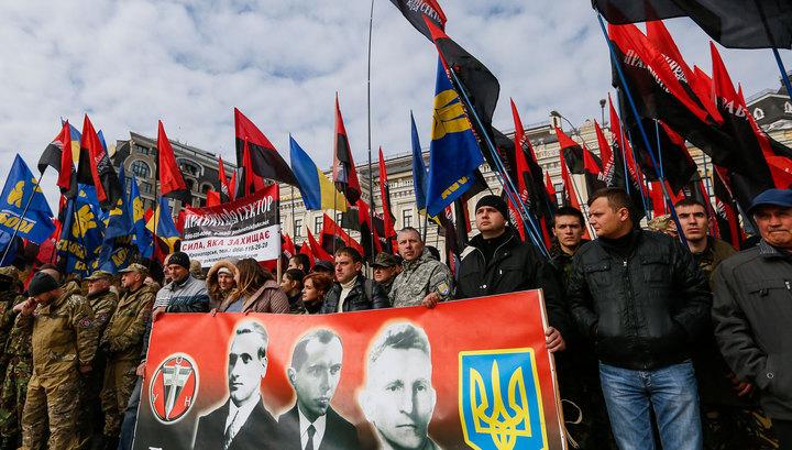 """ЛНР: украинские радикалы пытаются воспитать """"новое поколение фашистов"""""""