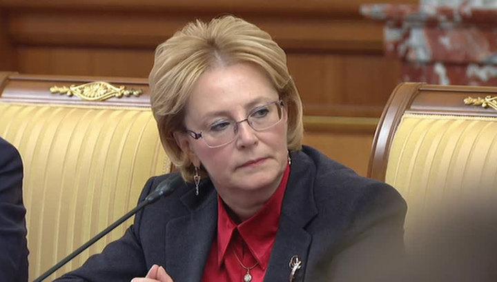 Министр об ослепших пациентах: надо разобраться, действительно ли все так
