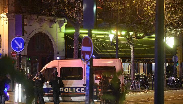СМИ: в концертном зале в Париже захвачены порядка 100 человек