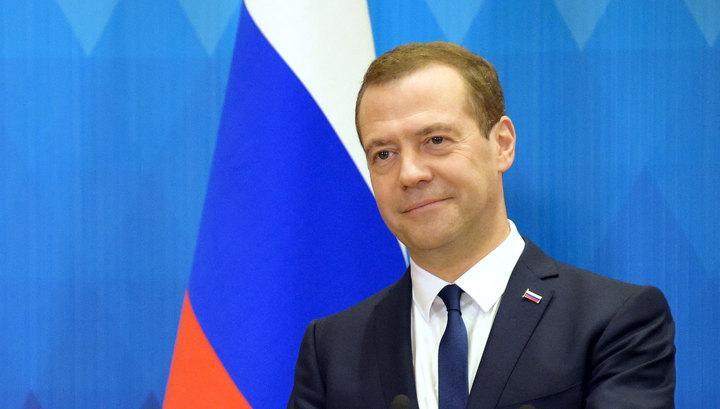 Медведев пошутил на тему участия в выборах