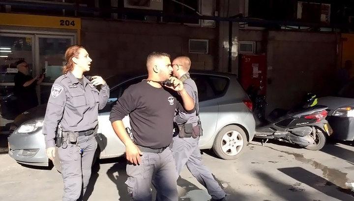 В Тель-Авиве экстремист ранил ножом двоих и убил одного человека