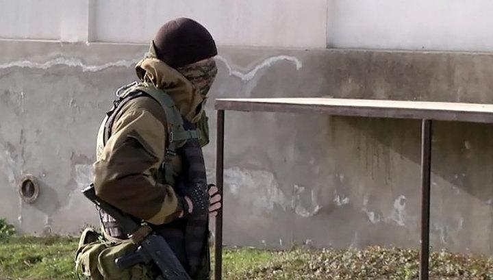 Спецоперация в Дагестане: боевики заблокированы в доме