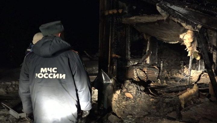 Три ребенка погибли при пожаре в Свердловской области