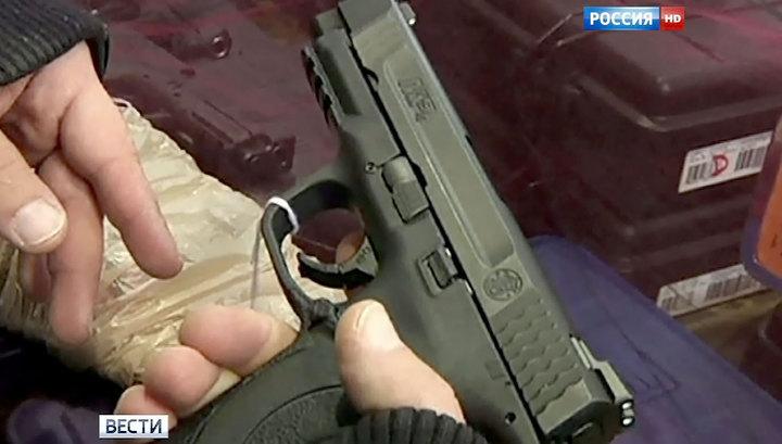 Даллас: откровения родителей стрелка и скандал на траурной церемонии