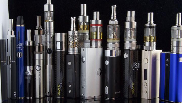 В парах большинства электронных сигарет обнаружено вещество, вызывающее тяжёлое заболевание лёгких