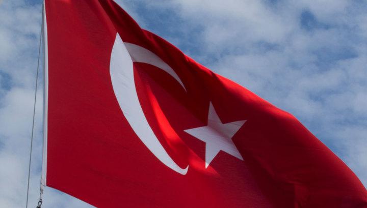 В Анкаре опровергли Макрона о том, что операция против Сирии разделила Турцию и Россию