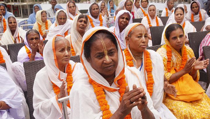 США планируют депортировать почти 300 граждан Индии