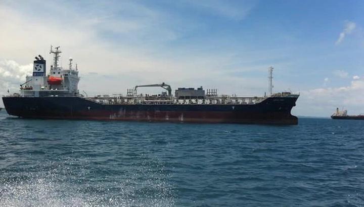 Эксперт: захватчикам танкера Leon Dias в Нигерии нужен только выкуп