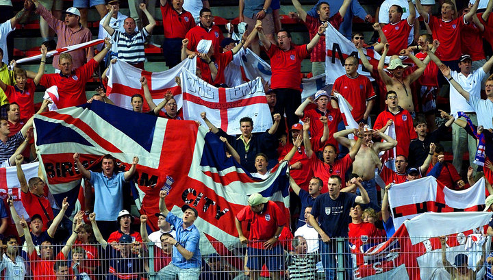"""Английские фанаты грозятся устроить россиянам """"третью мировую"""" на чемпионате мира"""
