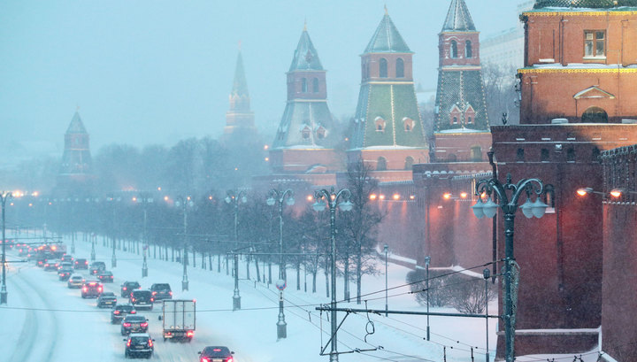 МЧС: в Москве ожидаются сильный ветер, метель и гололедица